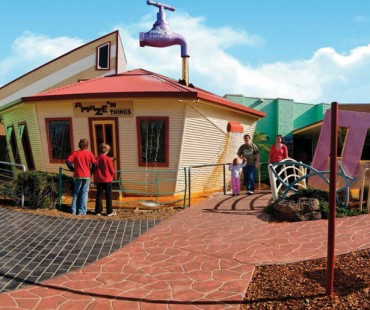Phillip Island Experience - Attraction Discounts & Packages Maze N Koalas
